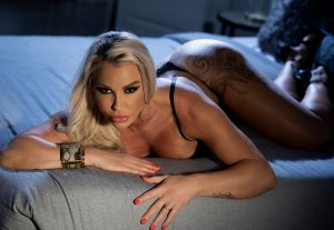 Isalyne escorts