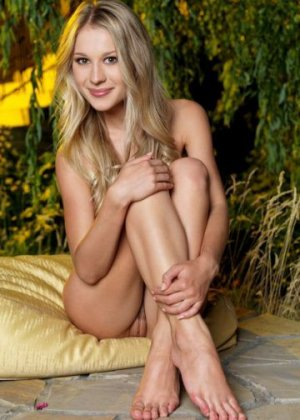 Nefise live escorts & nuru massage
